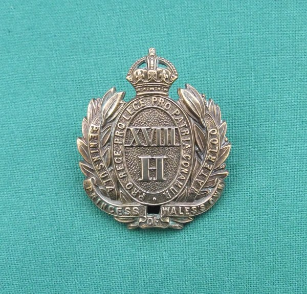 Edwardian 18th Queen Mary's Own Royal Hussars, c.1905-10 Cap Badge