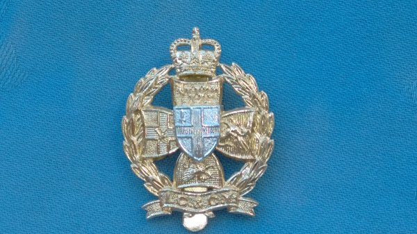 The Inns of Court&City Yeomanry cap badge.