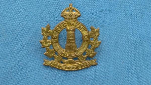The Le Regiment De Hull cap badge.