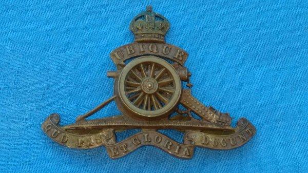 The Royal Artillery cap badge.