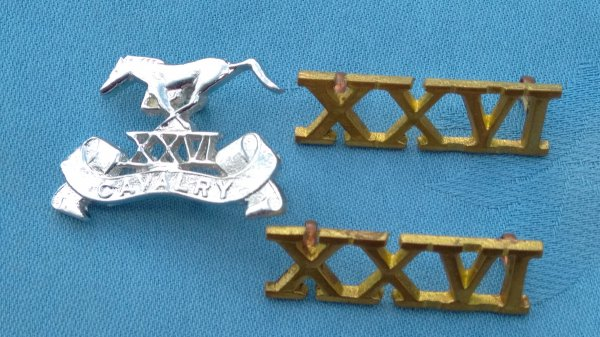 Pakistan Army 26th Cavalry cap badge&collar badges.