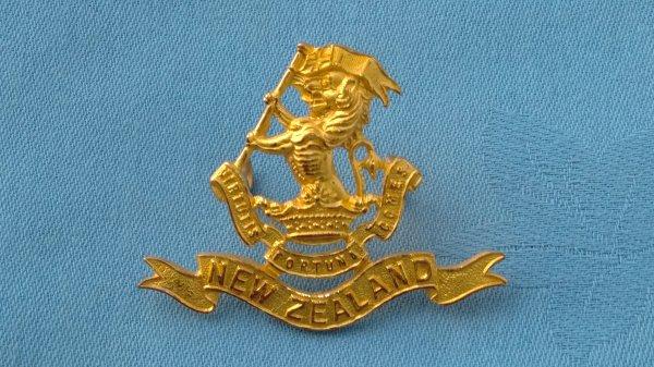 New Zealand 7th Regiment cap badge.