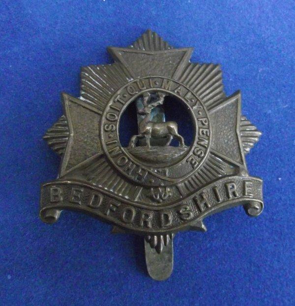 Bedfordshire Regiment Economy Issue Cap Badge
