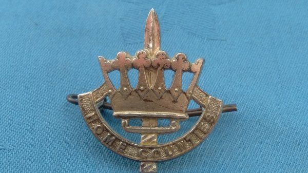 The Home Counties Brigade Officers cap badge.
