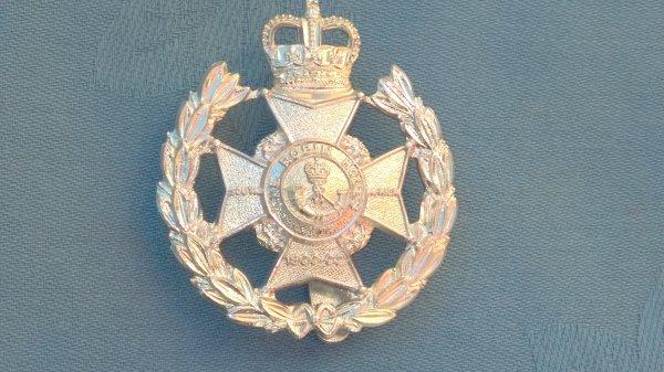 The Notts/Derbys Regiment.Robin Hood Battalion cap badge.