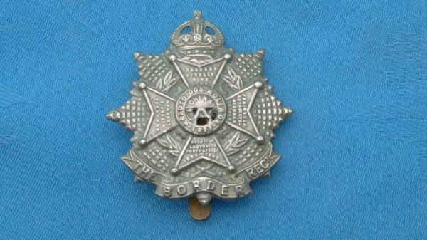The Border Regiment cap badge.