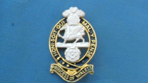 The Princess of Wales Regiment Belt Bucket Centre.