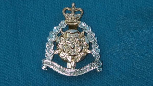 The Hampshire&Isle of Wight cap badge.