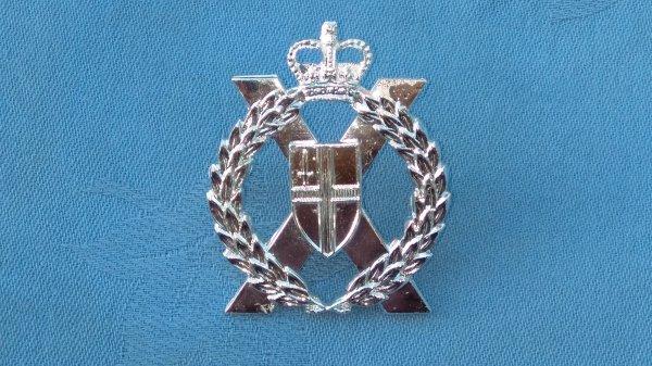 The London Territorials cap badge.