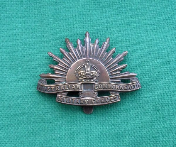Genuine 'double marked' - 'Tiptaft' ww1 Australian Commonwealth military forces cap badge