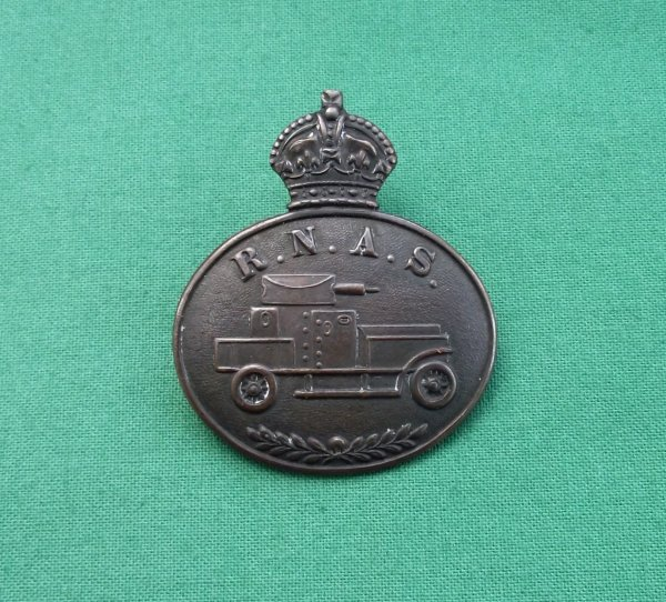 Scarce WW1 Royal Naval Air Service Armoured Car Section Collar Badge