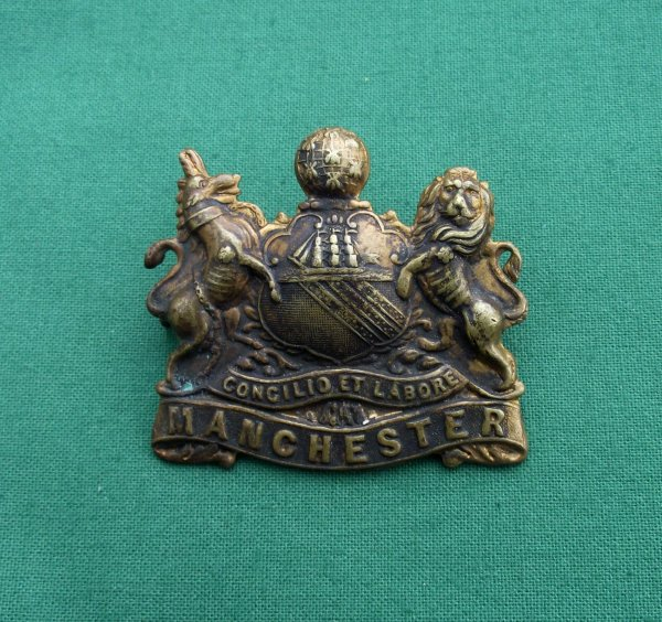 Genuine Manchester Pals, WW1 Military Cap Badge