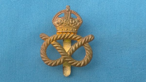 The Staffordshire Yeomanry cap badge.