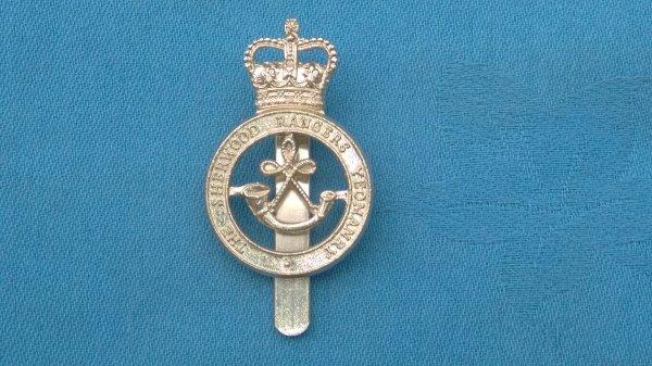 The Sherwood Rangers Yeomanry cap badge.