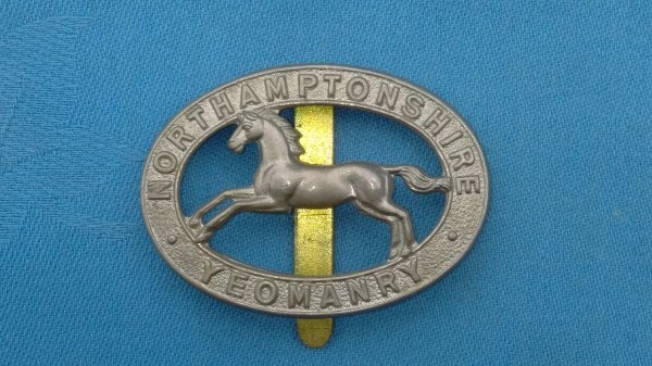 The 2nd Northamptonshire Yeomanry cap badge.