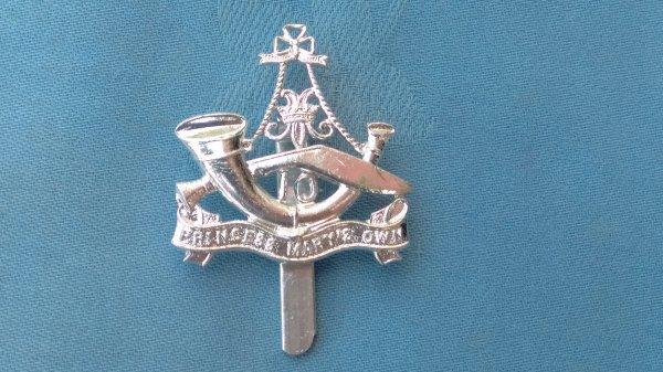 The 10th Princess Mary own Gurkha Rifles cap badge.