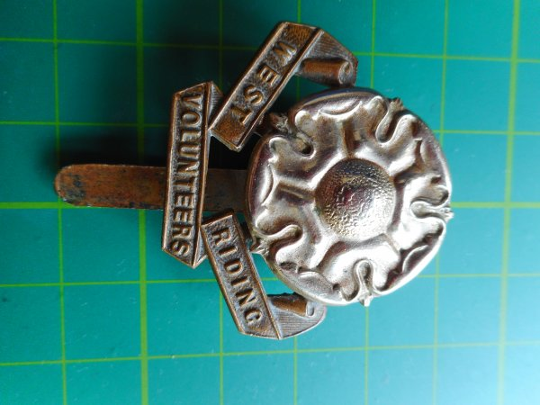 Genuine West Riding Volunteer Cap Badge. WW1.