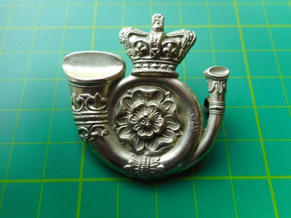 (S) Genuine White Metal O/R Glengarry Badge.3rd Administrative Battalion Yorkshire West Riding Rifle Volunteers circa 1880