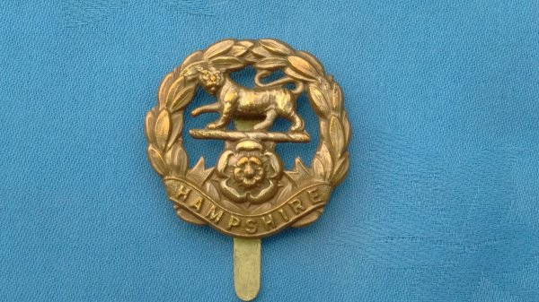 The Hampshire Regiment cap badge.