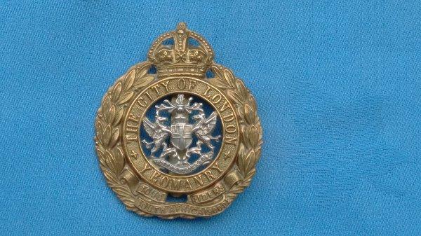 The City of London Yeomanry cap badge.