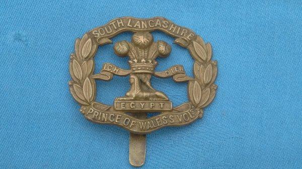 The South Lancashire Regiment cap badge.