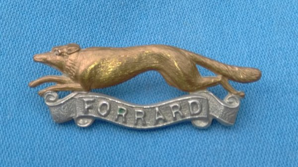 The East Riding Yeomanry cap badge.