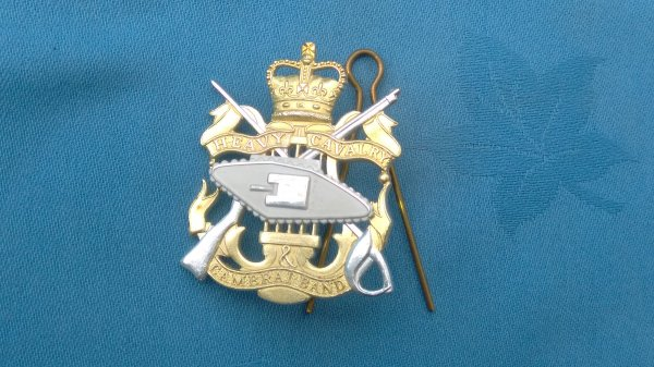 The Heavy Cavalry& Cambrai Band cap badge.