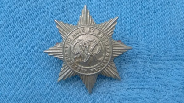 The Middlesex Yeomanry ( George V1 ) cap badge.