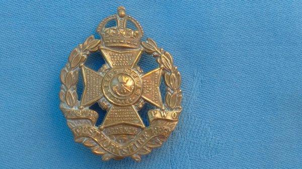 The 7th/8th Battalions ( Leeds Rifles ) West Yorkshire Regiment cap badge.