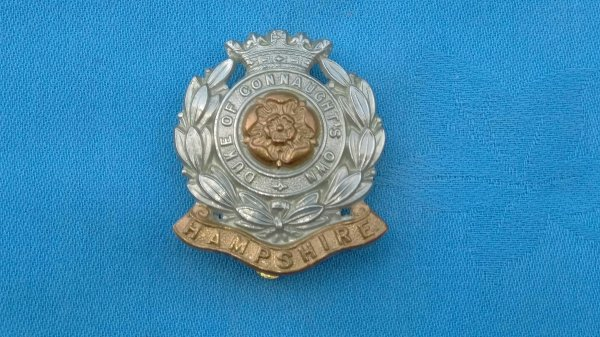 The 6th Battalion Hampshire Regiment cap badge.