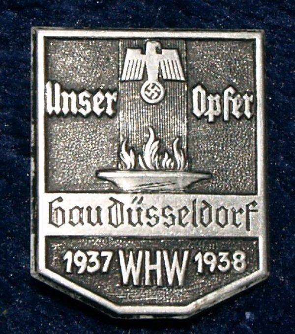 Unser Opfer Gau Düsseldorf 1937 WHW 1938 badge