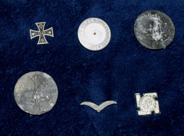 6 German badges/tinnies in need of some TLC