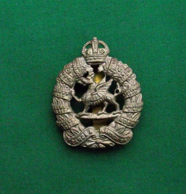 1st Bn monmouthshire regiment - White Metal cap badge