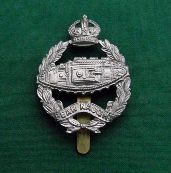 scarce and genuine royal tank corps c.1924 cap badge 'Reverse Tank'