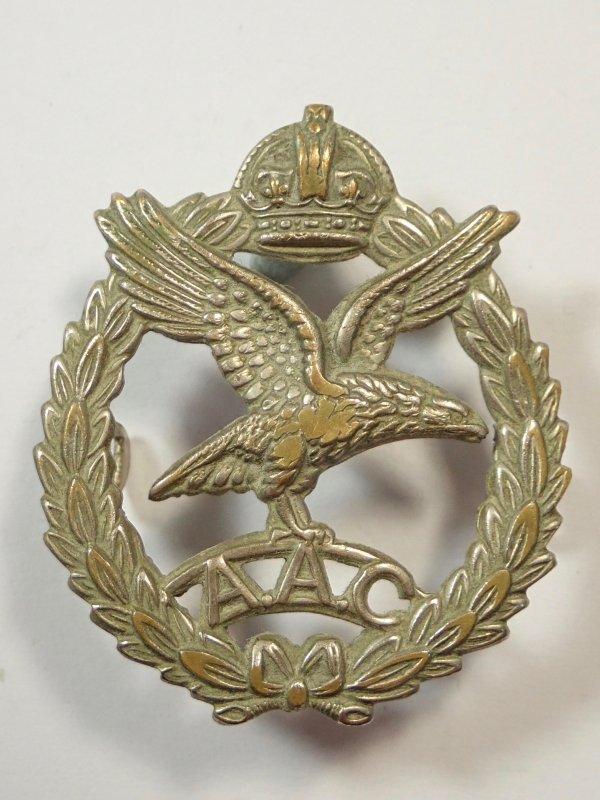 Army Air Corps original (1940-50) Cap Badge.