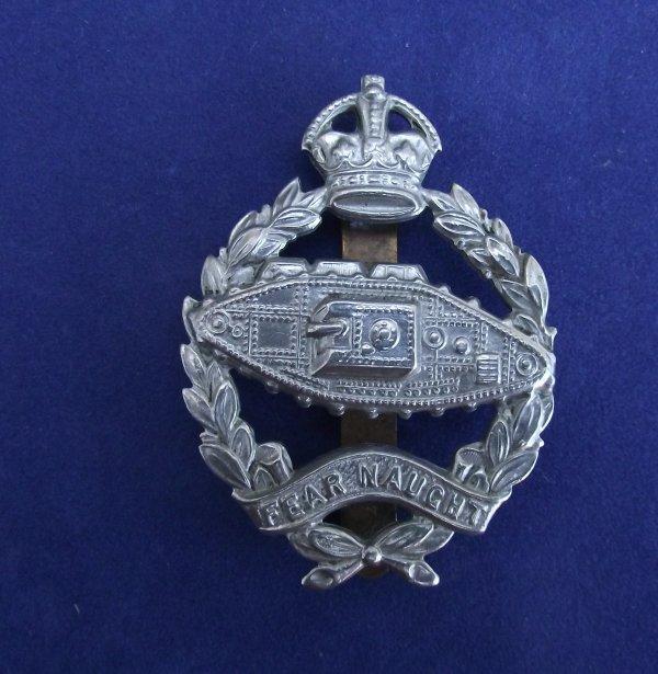 genuine royal tank corps/regiment 'Slidered' cap badge